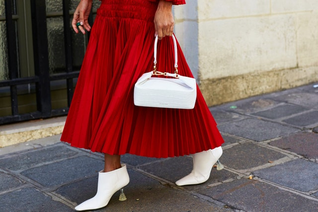 The Best 25 White Handbags For Summer
